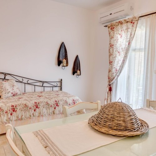 Κατοικία No 1 | Appartment  No 1 | Opalio